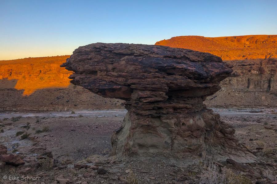 2019-Namibia-27-12.jpg